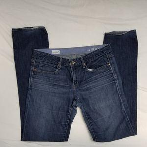 Gap size 31/32L straight leg jeans